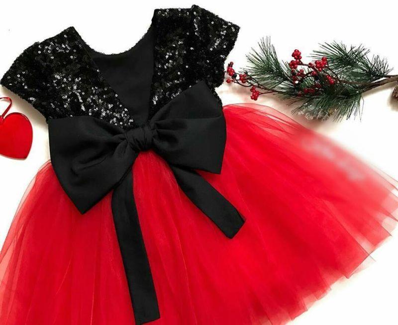 7241f0cbac0 Комплект еднакви рокли за майка и дъщеря с пайети и тюл в розово и червено